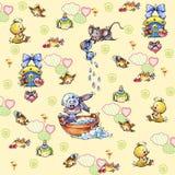 Animales agradables de los recién nacidos pequeños en un fondo coloreado Imagen de archivo