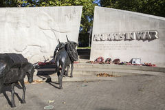 Animales en monumento de guerra en Londres Imagen de archivo libre de regalías