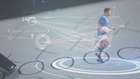 Animatie die van rugbyspeler op zijn plaats met een simulator lopen die zijn bewegingen en zijn heartbea meten stock videobeelden