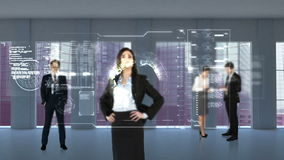 Animation von den Geschäftsleuten, die Technologieschnittstelle betrachten stock video