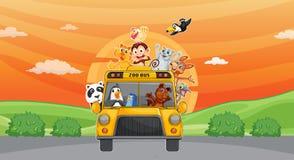 Animaux et bus de zoo illustration libre de droits
