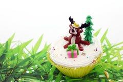 Animaux mignons de gâteau de cuvette Image stock