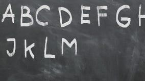 Animazione di alfabeto sulla lavagna 1080p 60fps stock footage