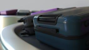 Animazione di Loopable 3D delle valigie su un carosello commovente del bagaglio nell'aeroporto archivi video