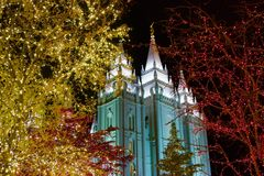 Anioł Moroni Na świątyni przy bożymi narodzeniami w Salt Lake City Fotografia Royalty Free