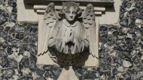Anioł na kościelnym witający everyone wewnątrz fotografia stock