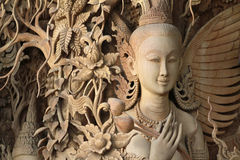Anioł Rzeźbiący drewniany Tajlandzki styl Obraz Royalty Free