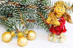 Anioł z harfą i złotymi piłkami Zdjęcie Royalty Free