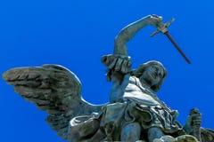 Anioł z kordzikiem fotografia stock
