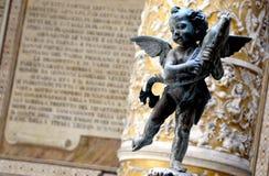 Aniołeczek rzeźba w Florencja obrazy stock