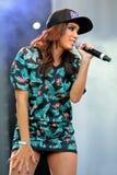 Anitta (brasiliansk inspelningkonstnär, låtskrivare och dansare) på den Primavera popfestivalen royaltyfri foto