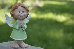 Anjo com mãos dobradas Fotos de Stock Royalty Free
