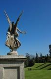 Anjo de guardião no jardim Foto de Stock Royalty Free