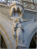 Anjo de pedra da igreja Fotografia de Stock Royalty Free