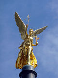 Anjo dourado da estátua da paz em Munich/Alemanha, 2009 imagens de stock