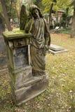 Anjo no túmulo Fotografia de Stock Royalty Free