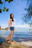 Anjo que está pelo mar Foto de Stock