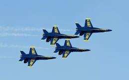 Anjos azuis do esquadrão da demonstração da marinha dos E.U. imagens de stock