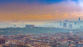 Ankara/die Türkei 17. Februar 2019: Panoramische Ankara-Ansicht mit Bezirken Emek und Anittepe und Moschee Anitkabir und Kocatepe stockbild