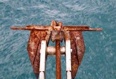Ankare med havsbakgrund Royaltyfri Bild