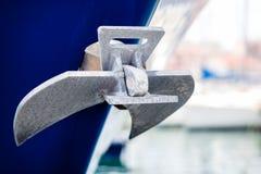 Anker auf Yacht Stockfoto