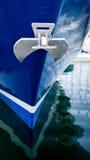 Anker auf Yacht Stockfotos