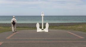 Anker door het strand in Napier Stock Afbeelding