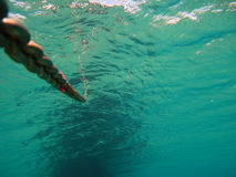 Anker-Kette Unterwasser-v3 Stockfotos