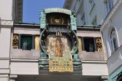 Ankeruhr & x28 Anker clock& x29 , διάσημο αστρονομικό ρολόι στη Βιέννη Στοκ φωτογραφία με δικαίωμα ελεύθερης χρήσης