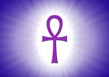 Ankhhiëroglief met Lichte Stralen op Violet Background Stock Afbeelding