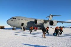 Ankomma i Antarktis Arkivbilder