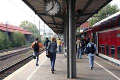 ankommande station Royaltyfria Foton