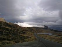 Ankommendes Wetter, Mann von Storr, Skye Lizenzfreie Stockfotos