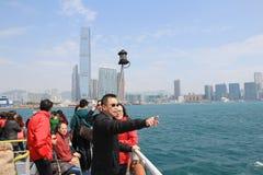 Ankomster för besökare för Hong Kong hamn total- arkivbild