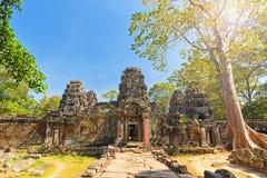 Ankor Thom η banteay λίμνη της Καμπότζης angkor lotuses συγκεντρώνει siem το ναό srey Στοκ φωτογραφία με δικαίωμα ελεύθερης χρήσης