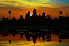 Ankor Wat au lever de soleil Photo libre de droits