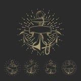 Ankra den maritima sjömantatueringuppsättningen eller den nautiska logosamlingen för tappning vektor illustrationer