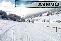 Ankunftsgate auf Land-Kreuz Ski Slope Lizenzfreie Stockfotografie