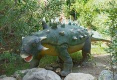 Ankylosaurus - /65 cretáceo hace millón de años En el Dinopark Foto de archivo