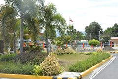 Anlagen in den Voraussetzungen von DPWH-Büro, Digos-Stadt, Davao del Sur, Philippinen stockbild