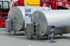 Anlagen für das Abkühlen von Milch bei XVII Internationalausstellung Spri Lizenzfreies Stockfoto