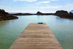 Anlegestelle in einer Lagune an Los Lobos lizenzfreie stockfotografie
