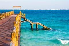 Anlegestelle und Meer Stockfoto
