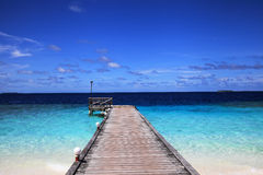 Anlegestelle von maledivischer Insel Lizenzfreie Stockfotografie