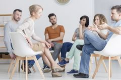 Anleitung von Sitzung in der Gruppe stockbilder