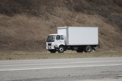 Anlieferung oder beweglicher LKW Lizenzfreie Stockbilder