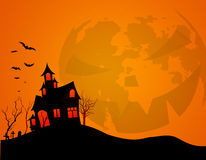anmärkningar för bakgrundsslagträhalloween månsken Arkivfoton