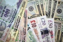 Anmärkningar för pengarindier-, UK- och USA-valuta Arkivfoto
