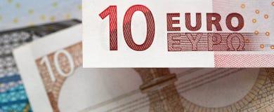 Anmerkung des Euros zehn in einem panoramischen Format Lizenzfreie Stockfotos