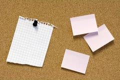 Anmerkungen über Pinboard lizenzfreies stockfoto